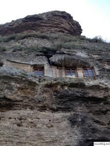 Cea mai mare Mănăstire din Europa în rândul Mănăstirilor Rupestre se află în Moldova sau un weekend la Ţipova