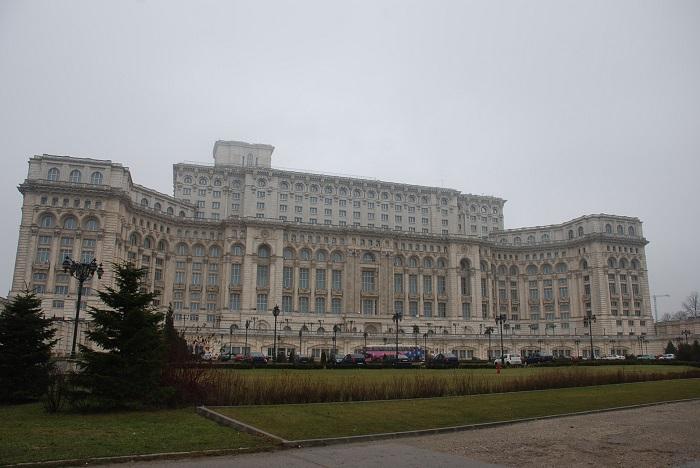 Palatul Parlamentului travelblogmd (2)