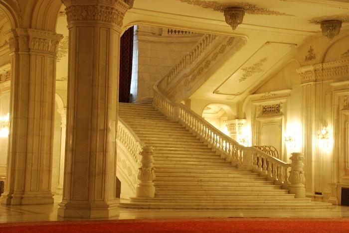 Palatul Parlamentului travelblogmd (4)