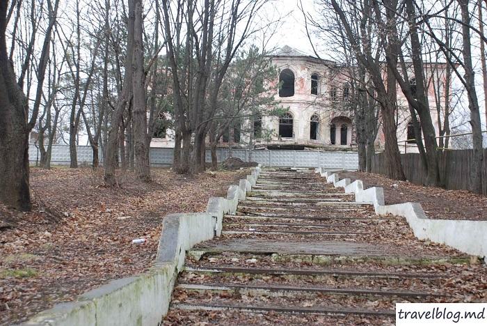 Palatul lui Manuc-travelblog (10)