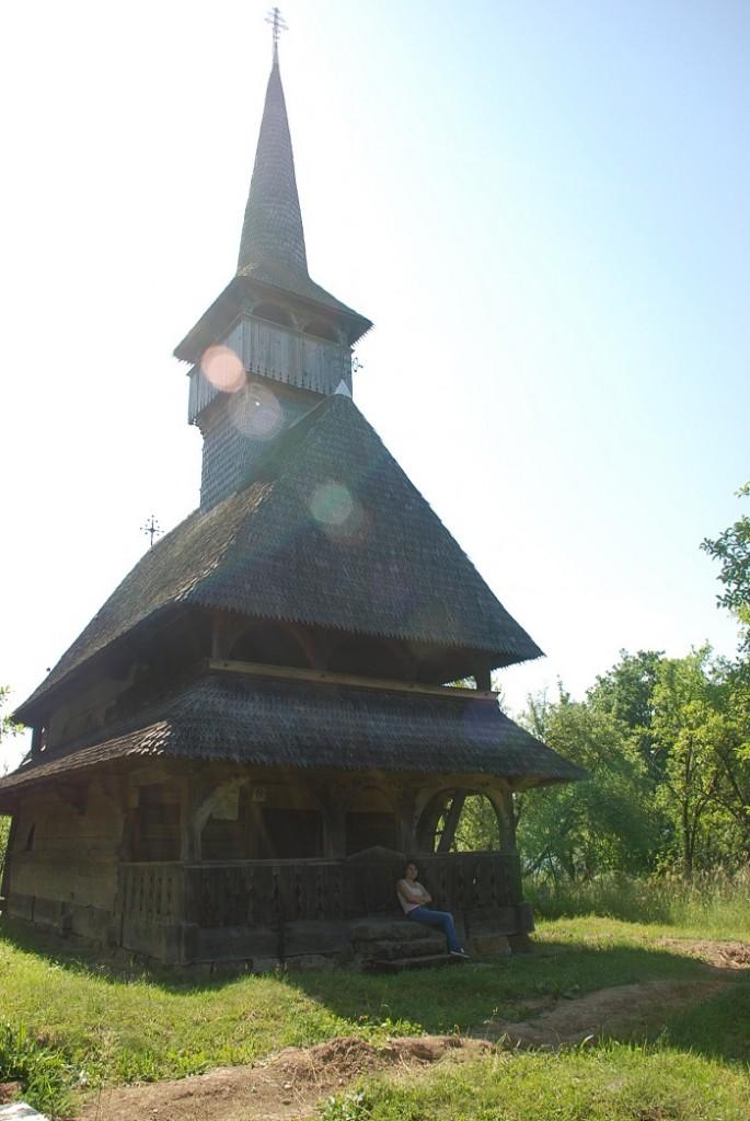 biserica de lemn de la barsana-travelblog-moldova (2)