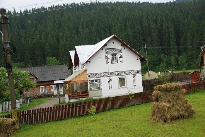ciocanesti case-suceava-poze-travelblog (1)