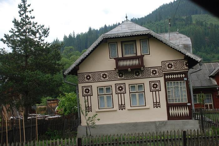 ciocanesti case-suceava-poze-travelblog (14)