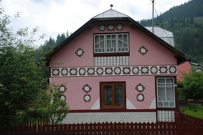 ciocanesti case-suceava-poze-travelblog (16)