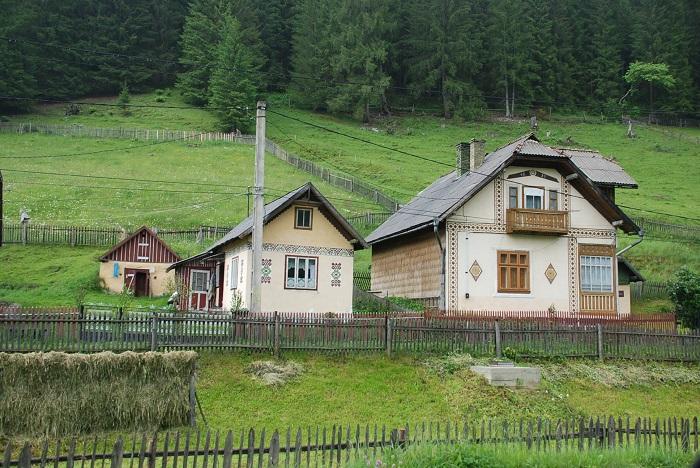 ciocanesti case-suceava-poze-travelblog (20)