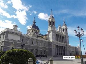 Palacio Real şi Catedrala Almudena din Madrid-văzute în pripă