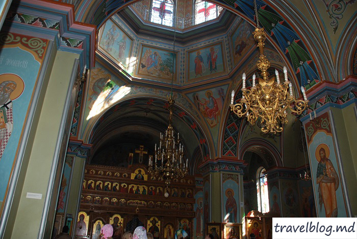 manastirea-noul-neamt-travelblog (8)