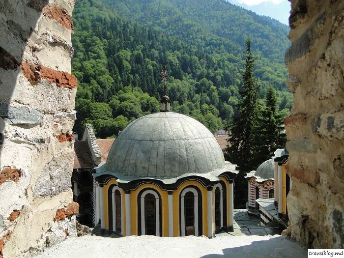 manastirea-rila-travelblog (10)