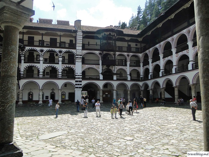 manastirea-rila-travelblog (7)