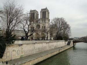 Turul insulei Île de la Cité din Paris