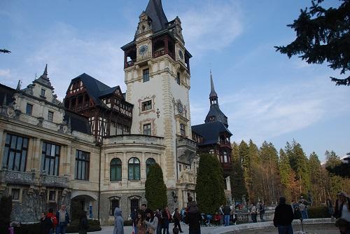 peles-castel-travelblogmd (2)