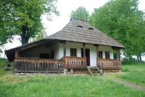 În Suceava nu rata Muzeul Satului Bucovinean