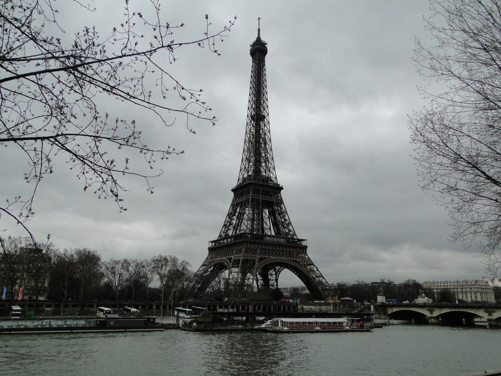 travelblog turn eiffel (1)