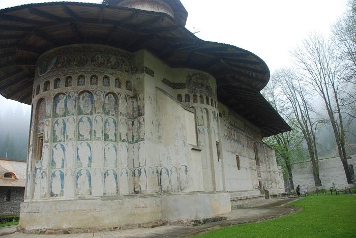 travelblogmd-bucovina-voronet (3)