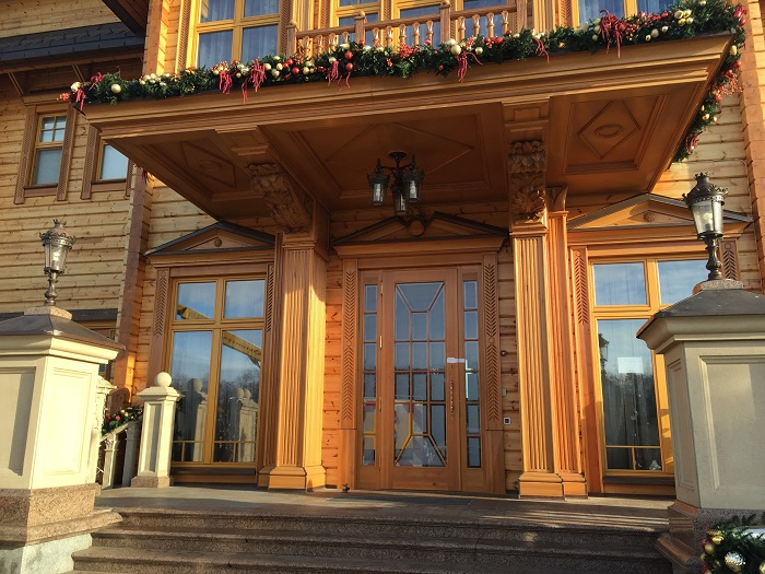 Mezhyhirya Residence-travelblogmd (11)