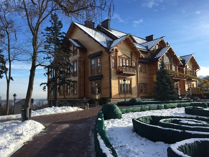 Mezhyhirya Residence-travelblogmd (17)