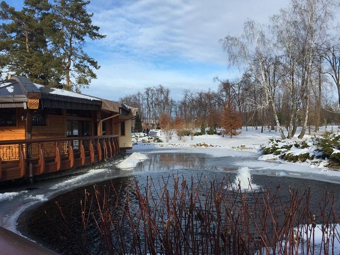 Mezhyhirya Residence-travelblogmd (18)