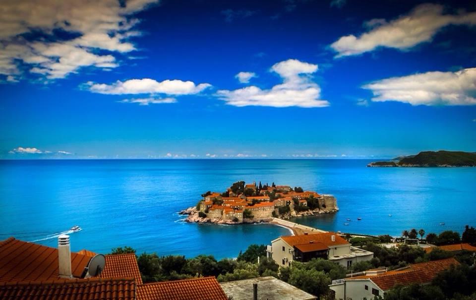 visit montenegro