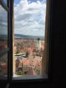 Impresii din Sibiu: Vederi din Turnul Bisericii Evanghelice (o legendă)