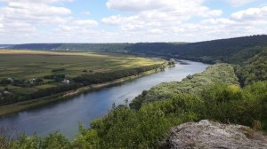 (9) Traseu  turistic naţional Nr. 9 Chişinău –Soroca – Cosăuți – Rudi – Arionești – Călărășeuca –Chișinău