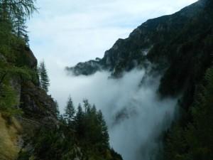 Ghid de supraviețuire în Munții Bucegi. Guest post by Janesse Solery