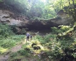 De la Peștera Morților până la Cascada Bulboana
