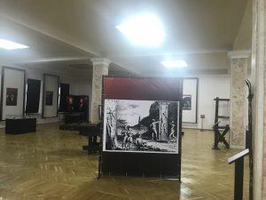 """Instantanee de la expoziția """"Instrumente medievale de tortură"""" de la Muzeul Național de Istorie a Moldovei"""
