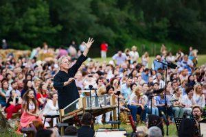 Voci de aur la unicul festival de operă în aer liber-DescOPERĂ. Valentina Naforniţă şi Ana Cernicova, printre artiştii care vor evolua în acest an
