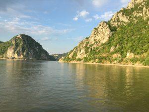 3 cele mai frumoase CHEI din România