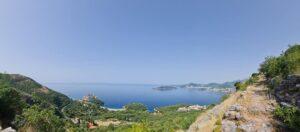 Plaje de neratat din Riviera Budva. Guest post by Janesse Solery